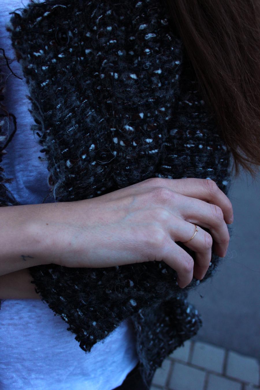 ari_traegt_xmas_tweed_isabelmarant_jacket