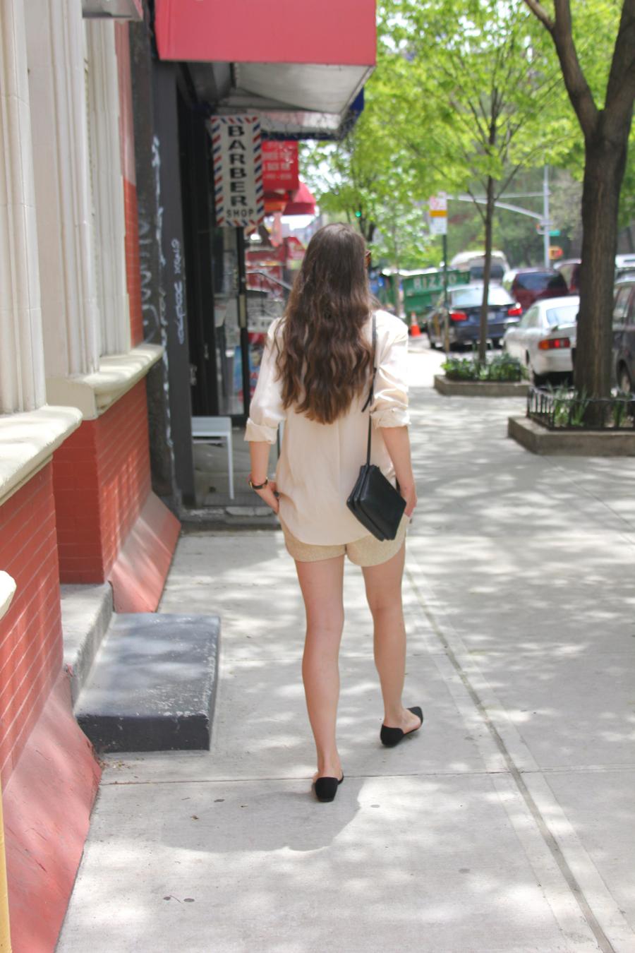 ari_traegt_malaikaraiss_shorts_2