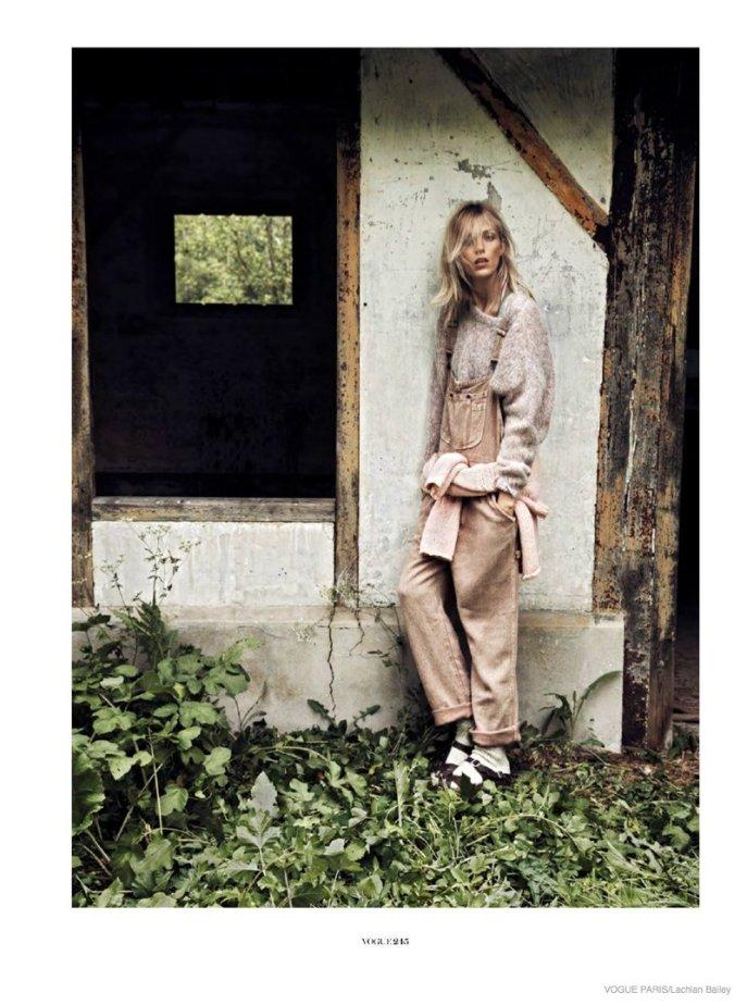anja-rubik-cozy-knitwear08-687x924
