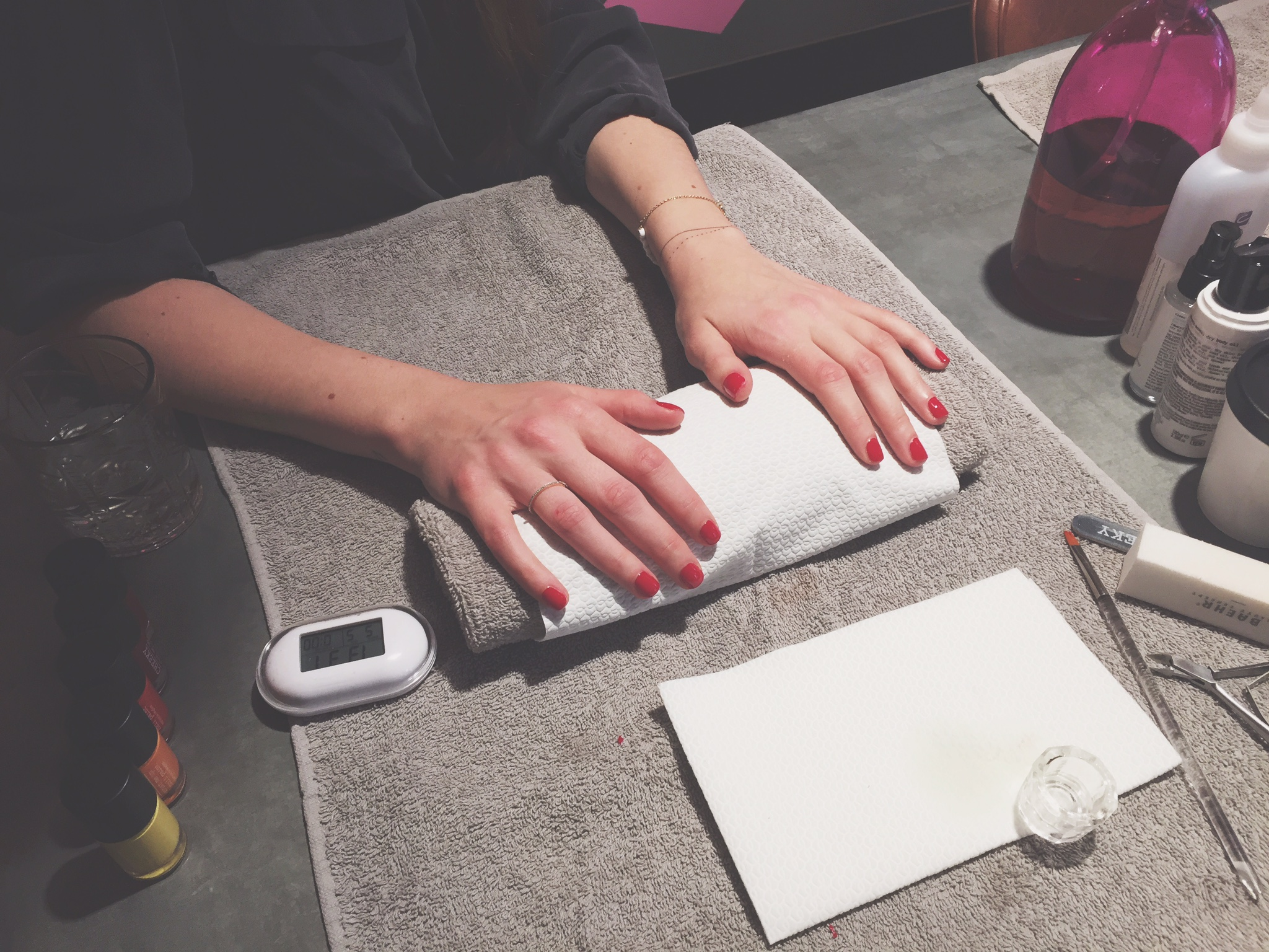 the_store_soho_berlin_manicure