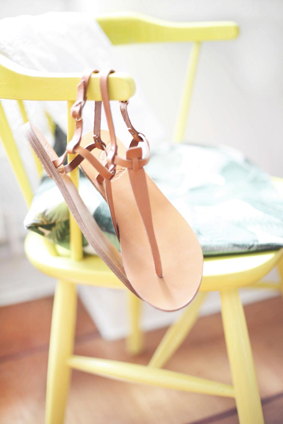 ancient_greek_sandals