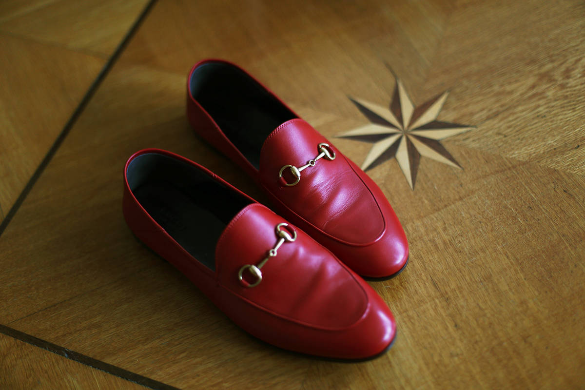 red_gucci_loafers